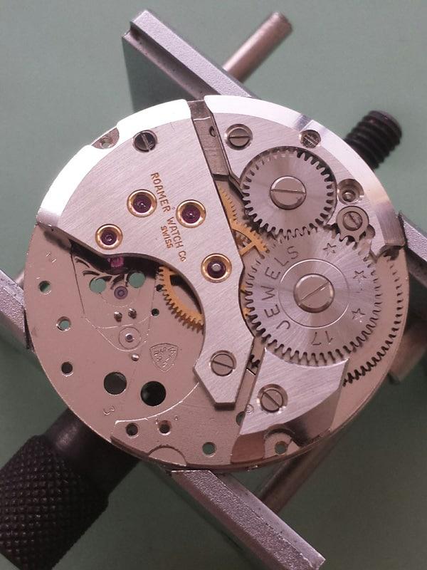 Roamer dresswatch