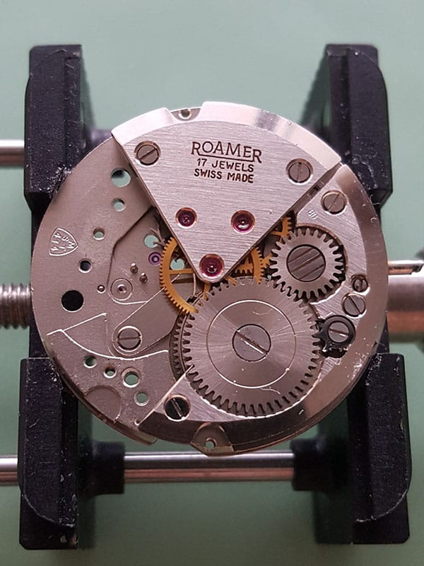 Roamer with MST 414 movement