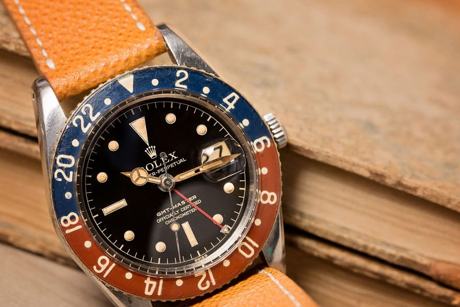 What is a GMT watch