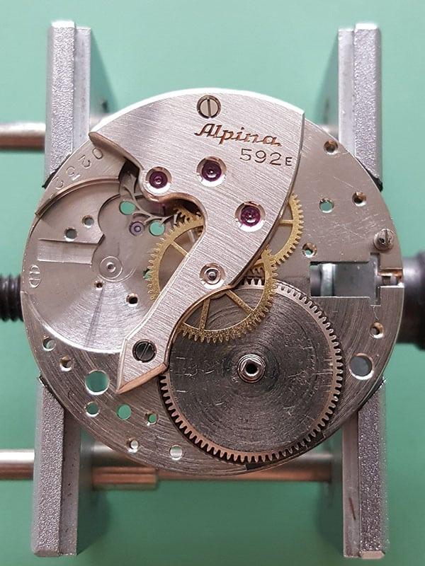 Alpina dress watch with an Alpina 592 movement